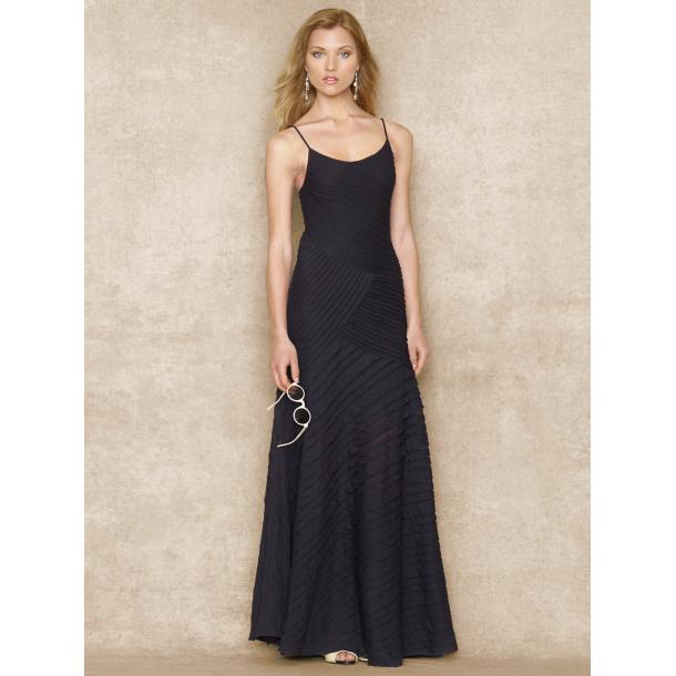 Lang kjole fra R L i sort