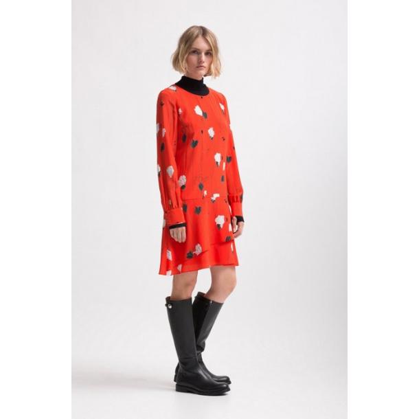 Hugo Boss Klenanii kjole