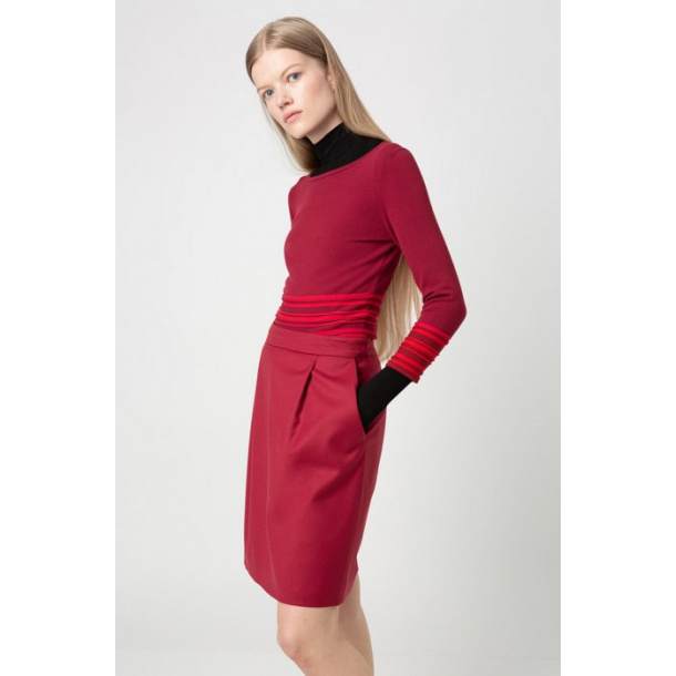 Hugo Boss-skirt in stretch virgin wool